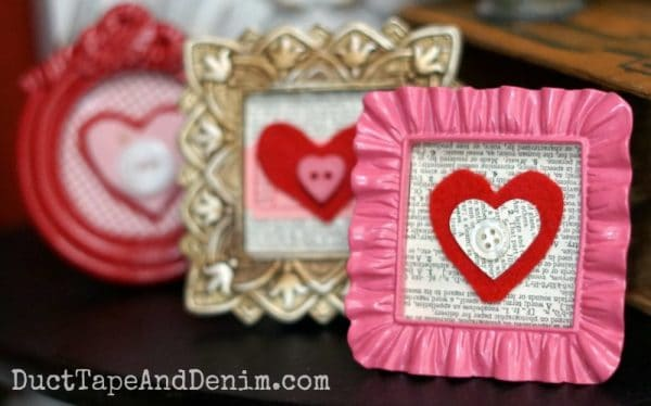 Felt Valentines in Mini Frames. More DIY Valentine's Day crafts on DuctTapeAndDenim.com