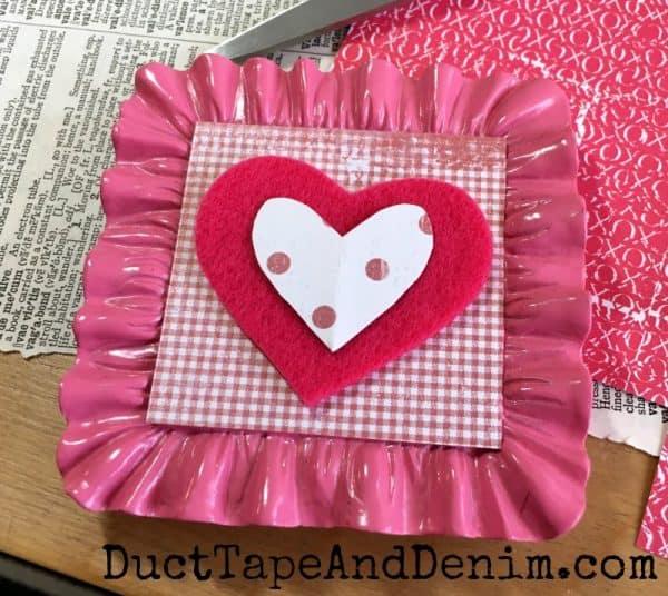 Putting together felt valentines | DuctTapeAndDenim.com