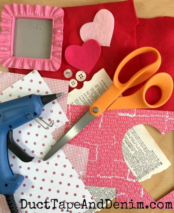Supplies for Felt Valentines in mini frames, Valentine's Day DIY craft on DuctTapeAndDenim.com