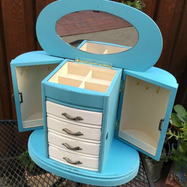 Turquoise and white jewelry cabinet | DuctTapeAndDenim.com
