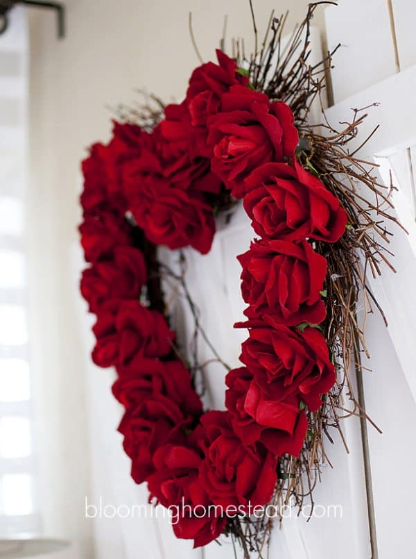 Valentine Rose Wreath, more DIY ideas on DuctTapeAndDenim.com