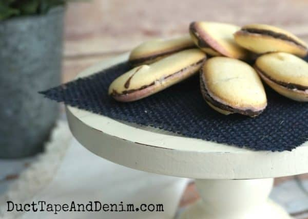 Cookies on DIY cake plate | DuctTapeAndDenim.com