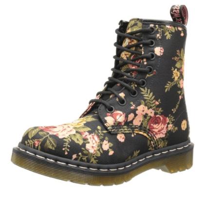 Dr. Marten's boots, What to Wear to Flea Markets | DuctTapeAndDenim.com