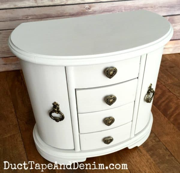 Finished thrift store jewelry cabinet makeover on DuctTapeAndDenim.com