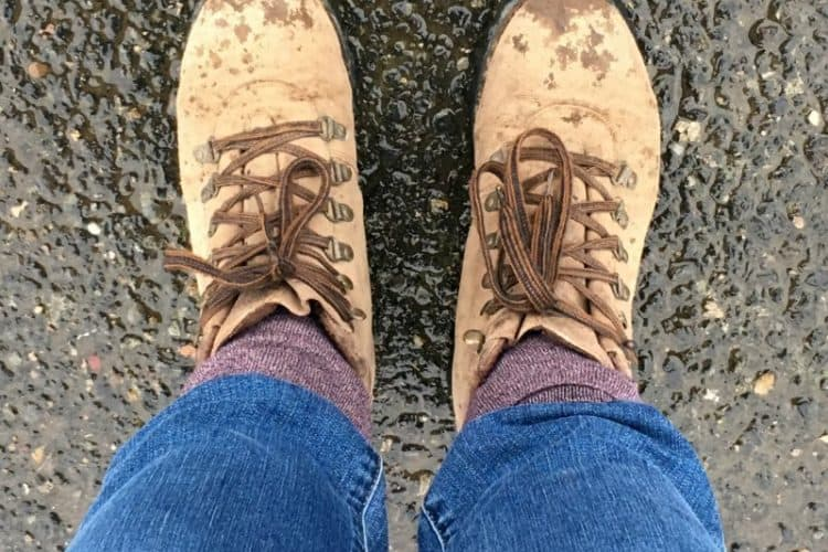 Best Rain Boots for Women, What to Wear to Flea Market in Fall, Winter, or Spring
