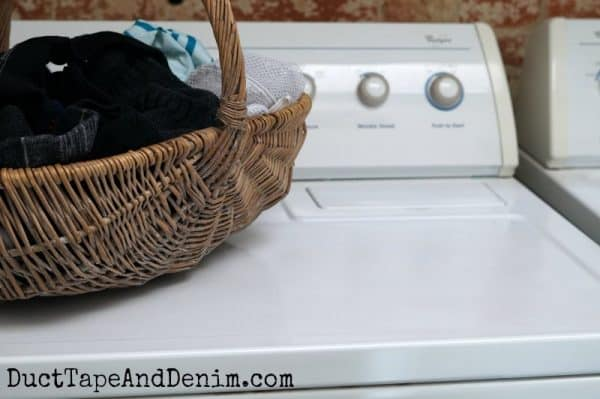 After painting my dryer | DuctTapeAndDenim.com