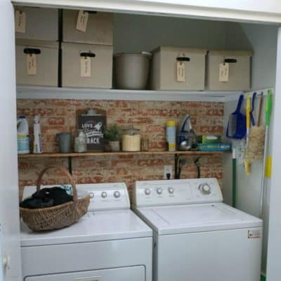 Finished laundry closet SQUARE | DuctTapeAndDenim.com