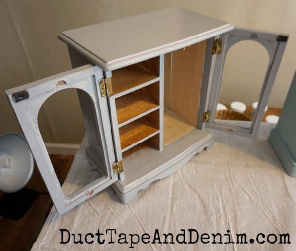 Painting my thrift store jewelry cabinet | DuctTapeAndDenim.com