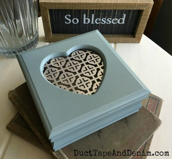 Finished jewelry box makeover | DuctTapeAndDenim.com