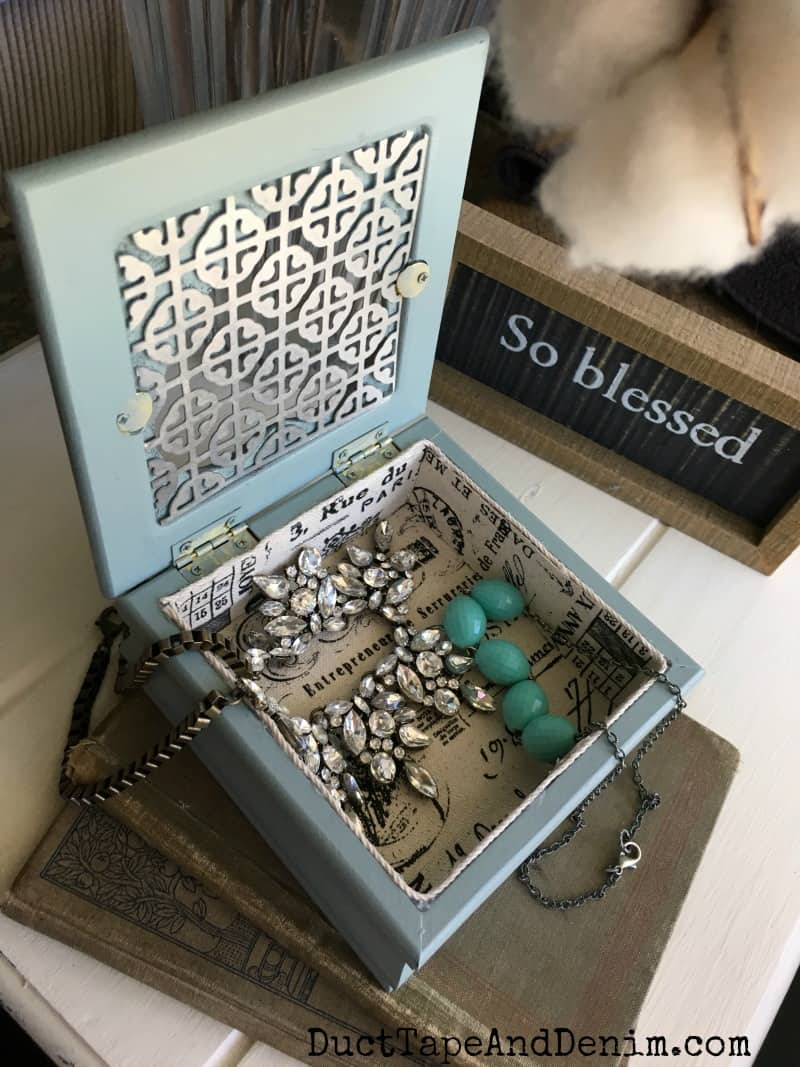 thrift store jewelry box makeover -- open finished box with jewelry inside