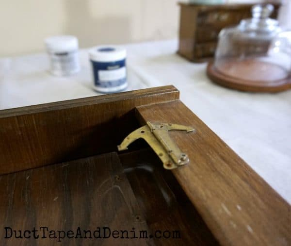 Anchor hinge on my thrift store mens jewelry box makeover | DuctTapeAndDenim.com