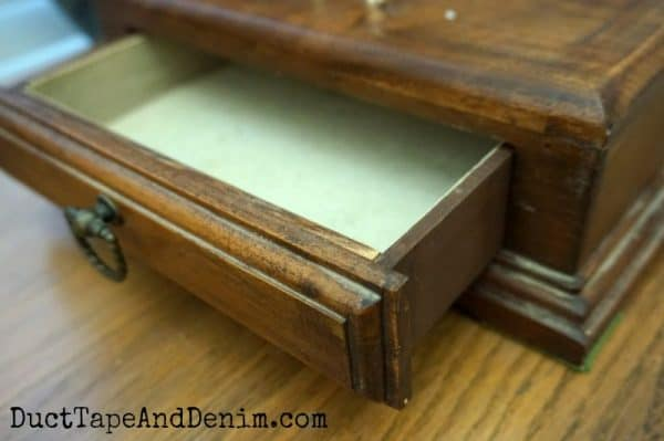 Inside the thrift store jewelry box for men | DuctTapeAndDenim.com