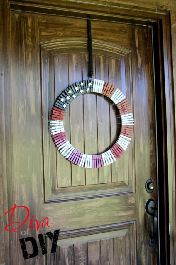 American flag clothespin wreath. More DIY wreath ideas on DuctTapeAndDenim.com