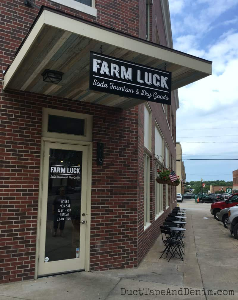 Farm Luck, Waxahachie, Texas, lunch   DuctTapeAndDenim.com