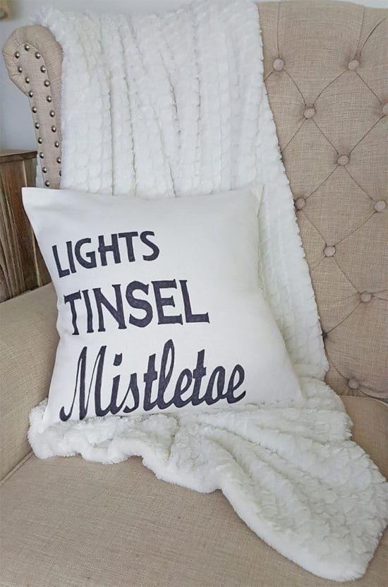 Mistletoe-Christmas-Pillow-made with sharpie