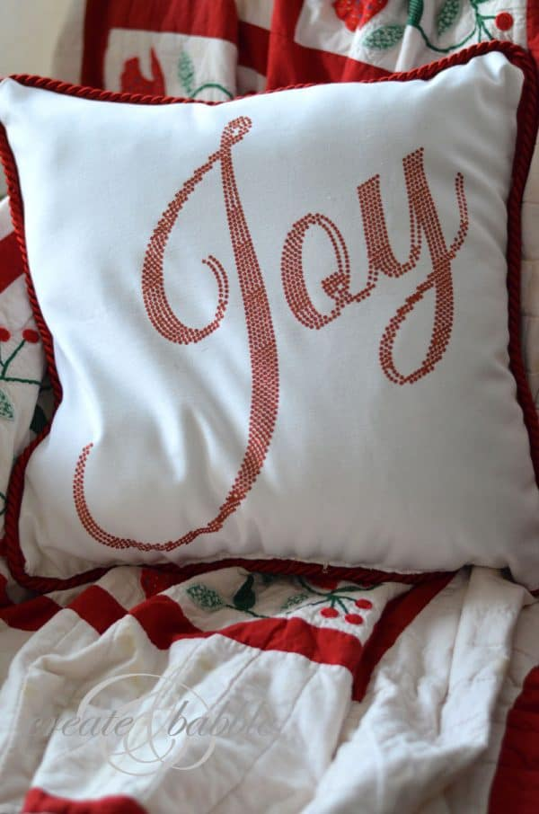 25 Easy Diy Holiday Pillows To Make For Christmas