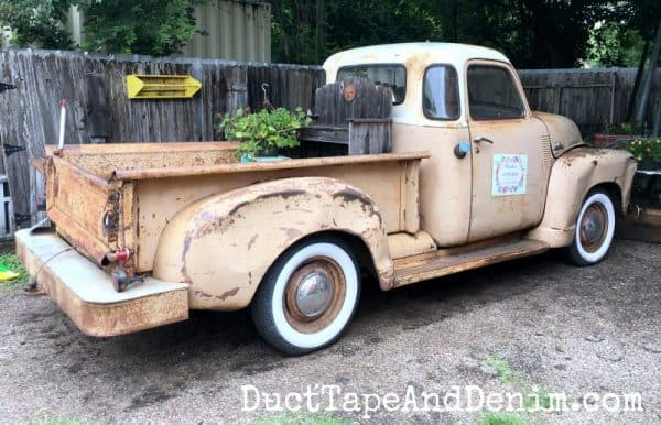 Shades of Shabby vintage pickup truck | DuctTapeAndDenim.com