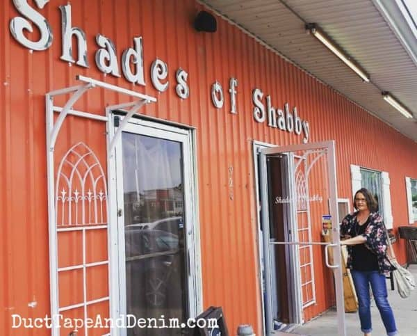 Vintage shopping at Shades of Shabby, Waco road trip | DuctTapeAndDenim.com
