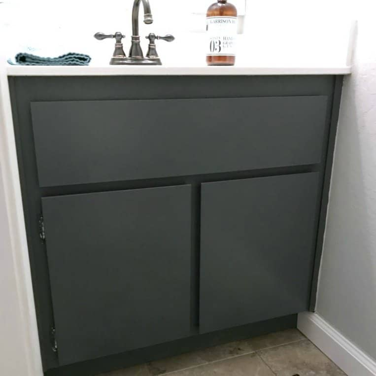 how to paint bathroom cabinets how to paint bathroom cabinets the easy way 23443