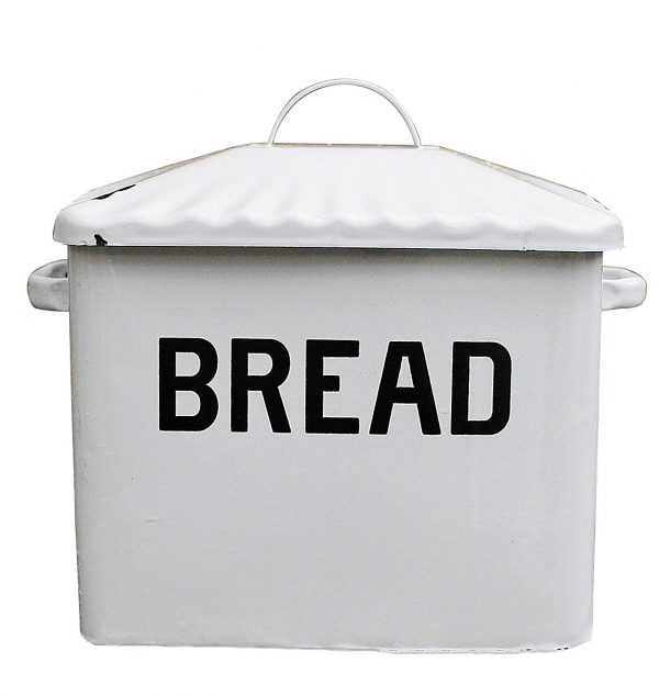 Enameled metal bread box, farmhouse kitchen style on DuctTapeAndDenim.com