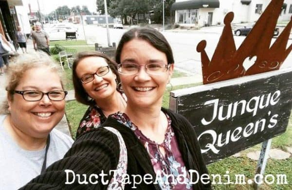 Shopping at Junque Queens in Waco | DuctTapeAndDenim.com