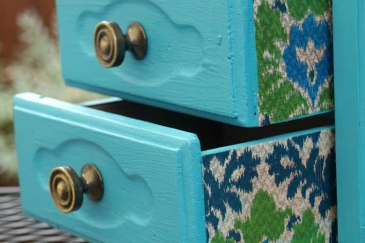 turquoise jewelry cabinet makeover, closeup drawers SQUARE