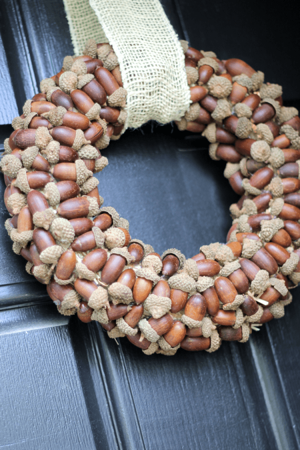 acorn wreath for fall decor