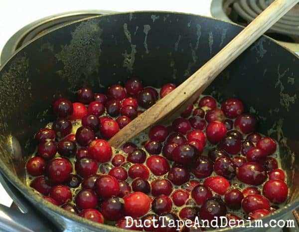 Making homemade cranberry sauce | DuctTapeAndDenim.com