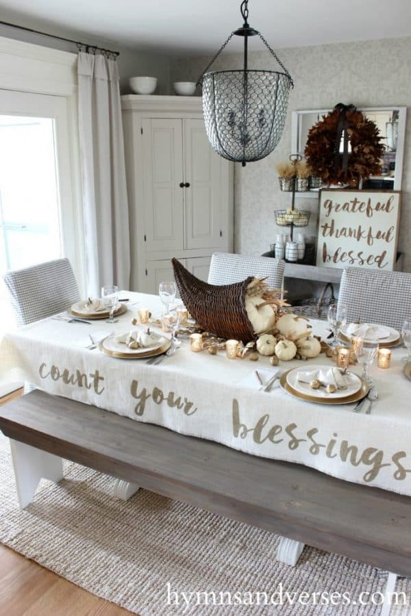 Count Your Blessings hymn lyrics tablecloth for Thanksgiving table. More holiday table ideas on DuctTapeAndDenim.com
