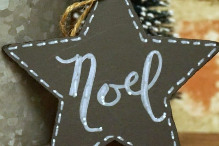 How I Cheated to Make My DIY Chalkboard Star Christmas Ornaments