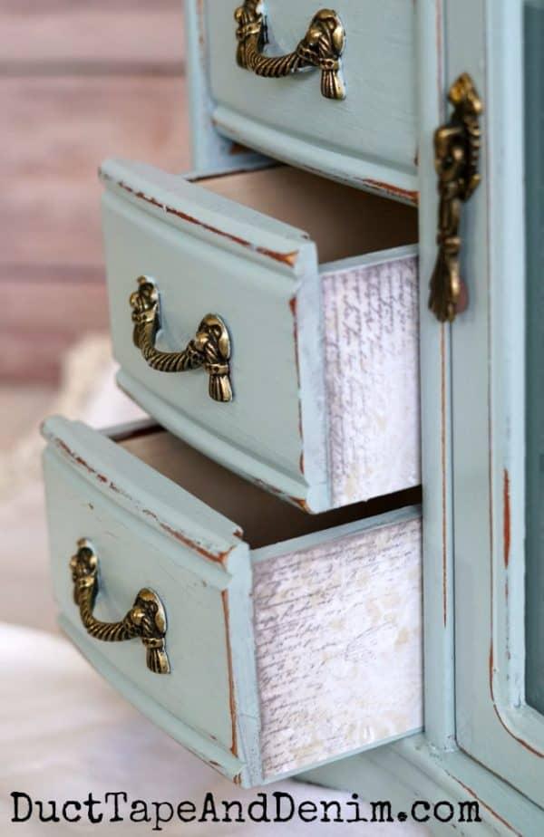 Decoupaged drawers | DuctTapeAndDenim.com