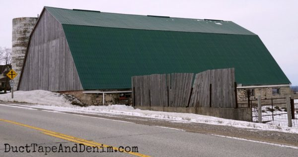 Green roof gambrel barn in Ontario | DuctTapeAndDenim.com