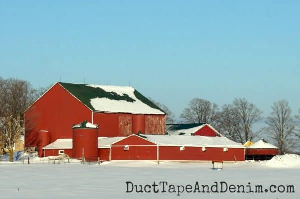 Red barn with green roof | DuctTapeAndDenim.com