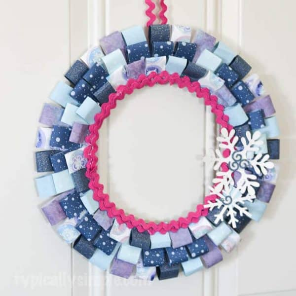 Scrapbook-Paper-Winter-Wreath-9