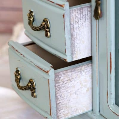 Light Blue Jewelry Cabinet with Mirror & Ring Holder – VIDEO