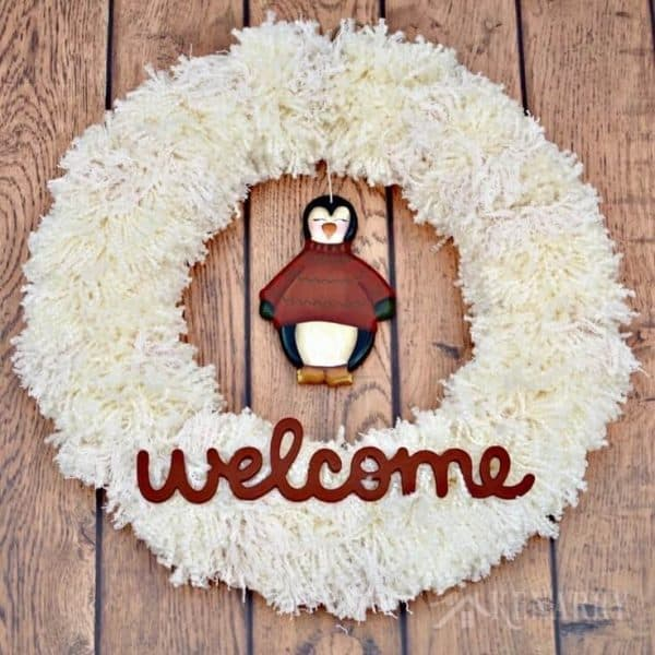 winter-yarn-wreath-craft-home-decor5