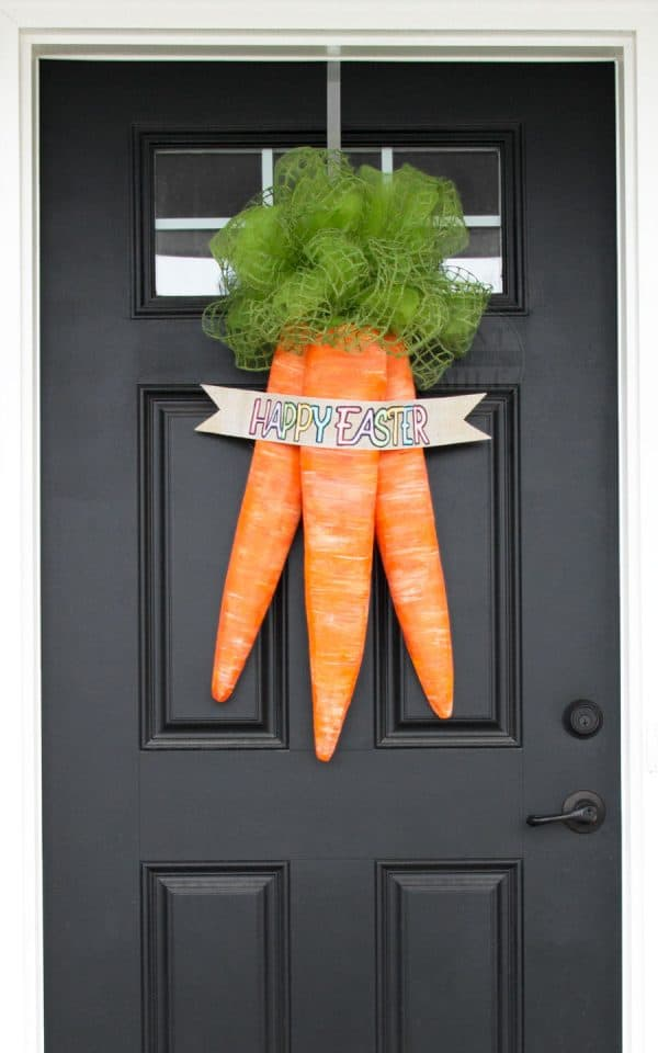 DIY-easter-carrots-door-wreath