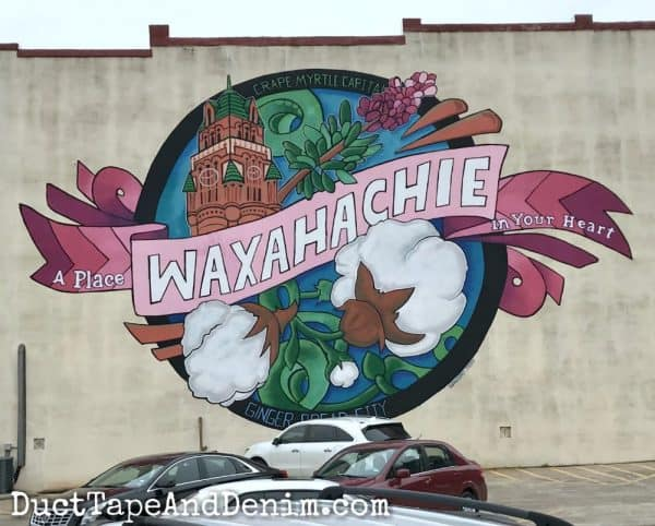 Waxahachie mural | DuctTapeAndDenim.com