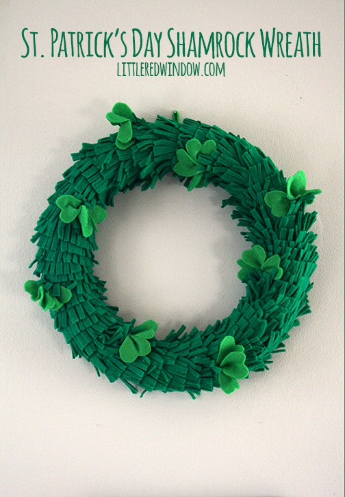 st patricks day shamrock wreath