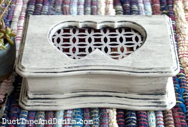 Finished Country Chic Paint glazed painted jewelry box | DuctTapeAndDenim.com