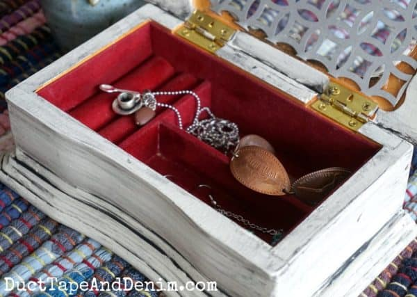 Inside glazed jewelry box | DuctTapeAndDenim.com