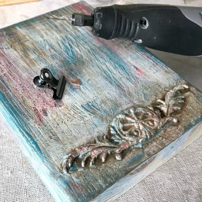 How to Make a Fun Boho Paint Finish Wood Photo Holder {VIDEO}