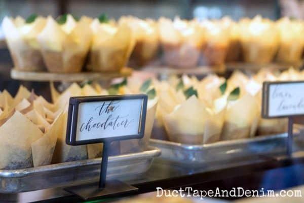 Cupcakes at Magnolia Bakery | DuctTapeAndDenim.com