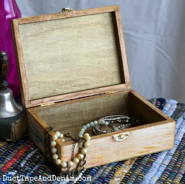 open jewelry box, inside painted with gold metallic paint | DuctTapeAndDenim.com