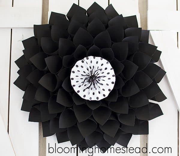 elegant halloween wreath