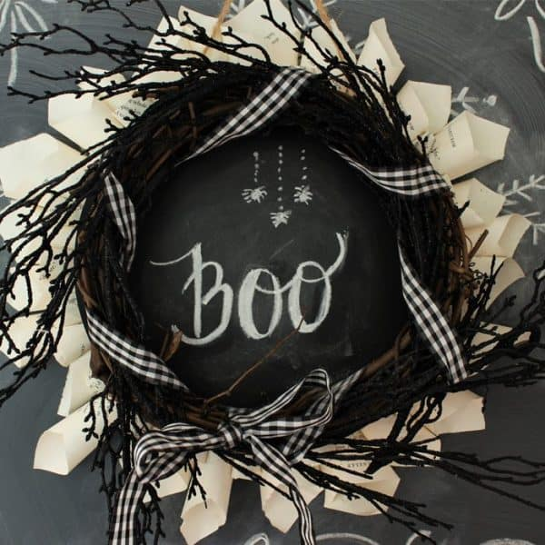 halloween-wreath-close-up