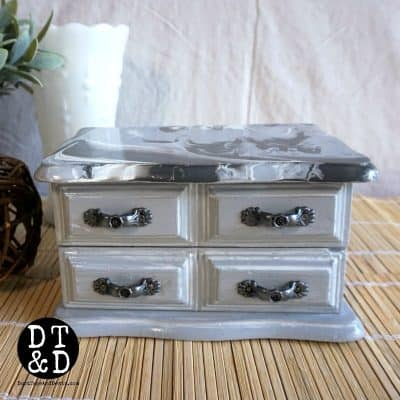 How to Make a Gray Paint Pour Jewelry Box
